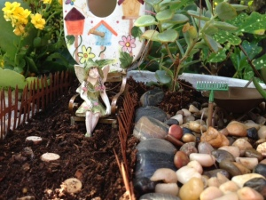 Fairy of The Birdhouse Garden1
