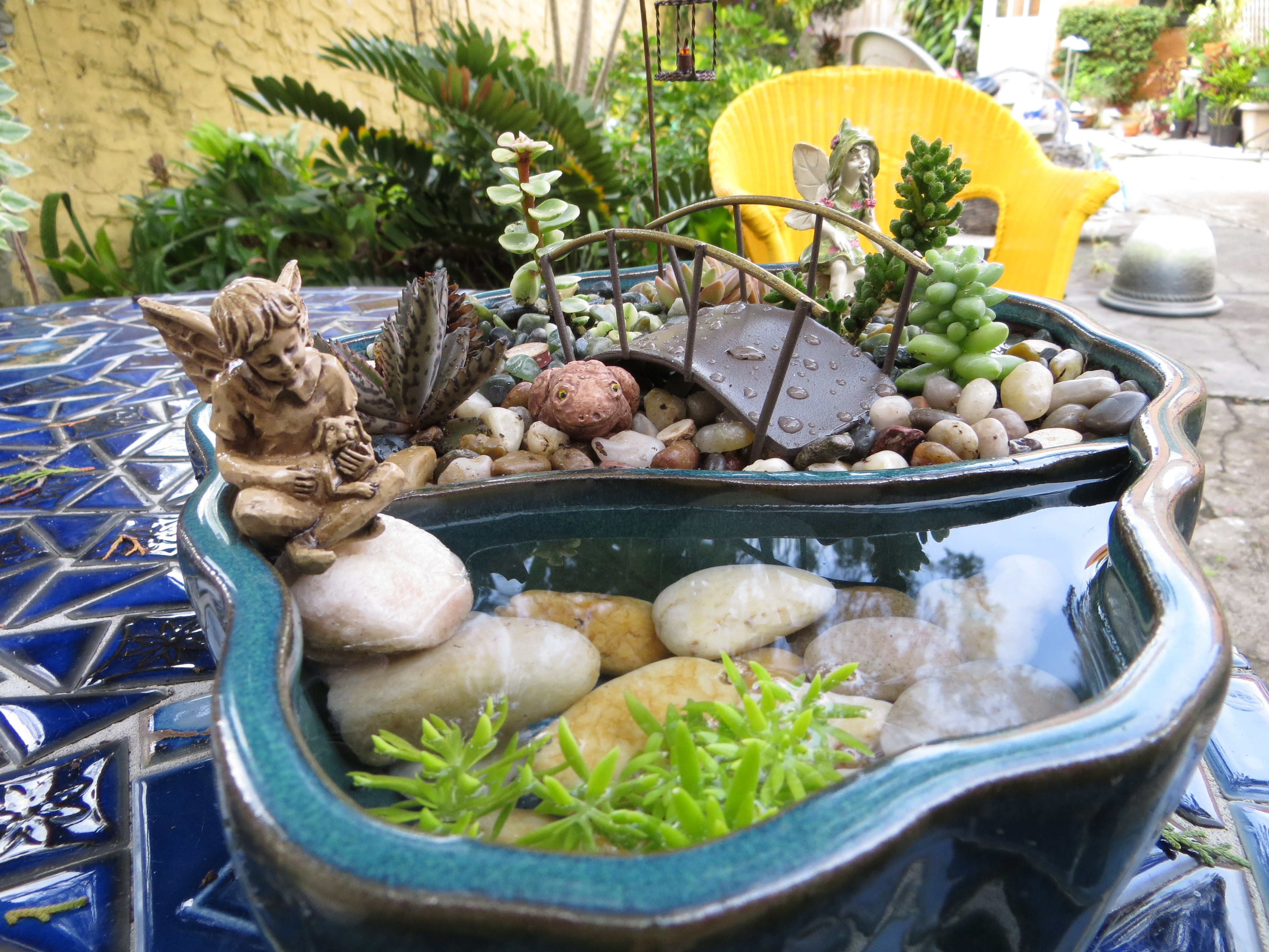 Pond fairies of the earth for Pot pond ideas